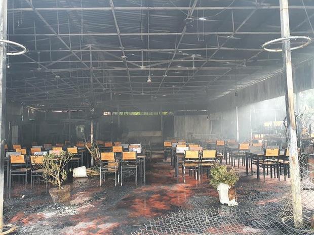 Nhà hàng bị tổn thất nặng nề sau vụ cháy