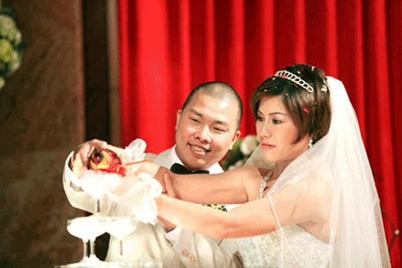 Hải Anh và bà xã Minh Nguyệt cưới nhau ở thời điểm anh vẫn còn đang loay hoay lập nghiệp.
