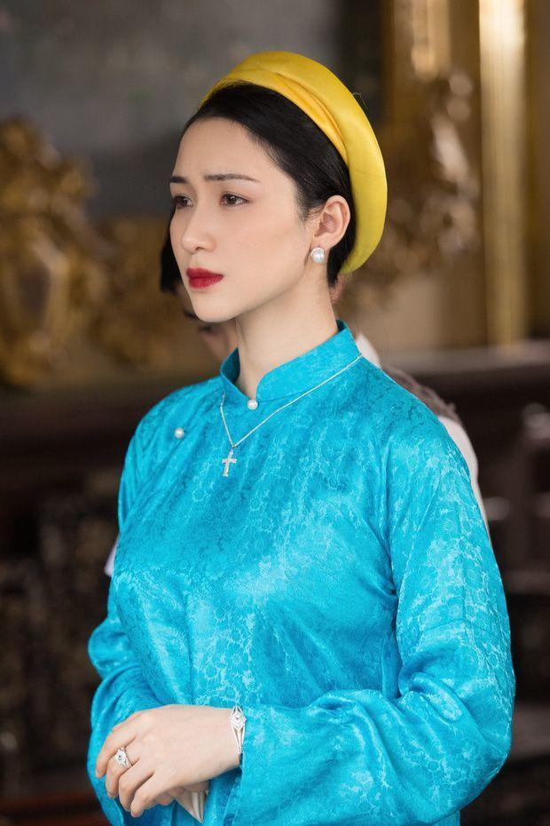 Hòa Minzy 'vừa cười vừa khóc' khi nghe Ninh Dương Lan Ngọc hát chay 'Không thể cùng nhau suốt kiếp' 2