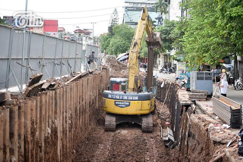 Việc dở bỏ một phần con đường gốm sứ phải được báo cáo đến Tổ chức Kỷ lục Guinness Thế giới và cam kết sẽ làm bù lại.