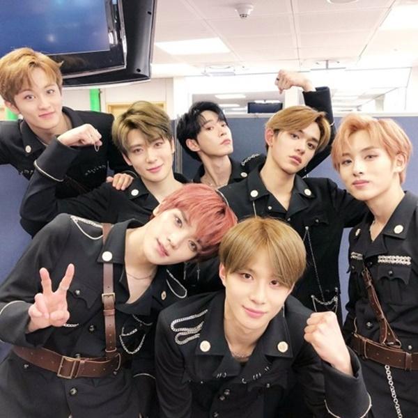 NCT U là nhóm nhạc thể hiện bài hát Boss