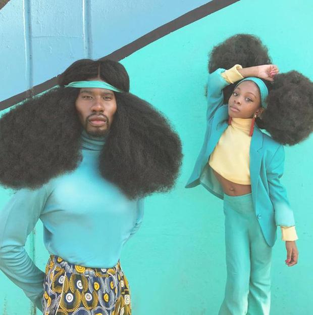 Sở hữu tóc xù bông cao nửa mét, 2 bố con ghi tên vào kỷ lục Guinness 6