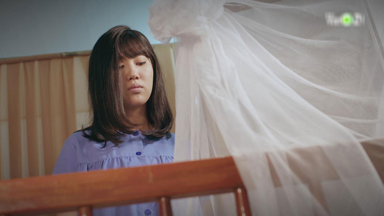 'Gạo Nếp Gạo Tẻ 2' tập 1 ngập drama: Bị chồng hắt hủi vì 'không đẻ được con trai', Thúy Ngân trót dại qua đêm với người lạ 9