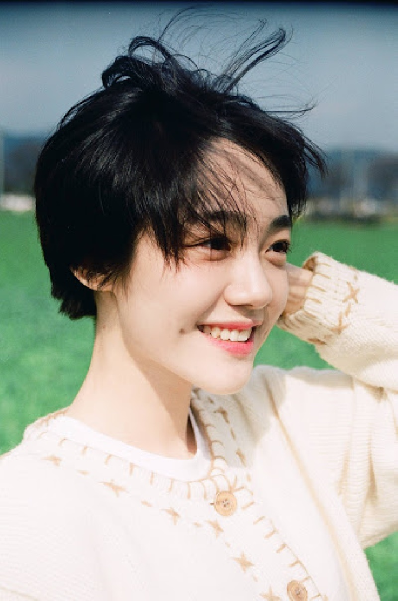 Top 10 mỹ nhân Kpop chứng minh 'lụa đẹp vì người', mặc đơn giản đến đâu cũng thần thái ngút ngàn 5