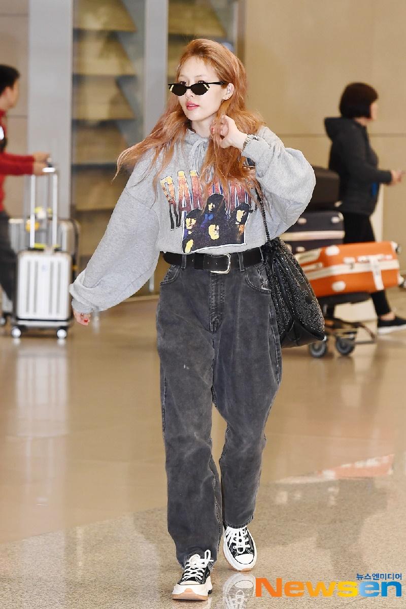 Top 10 mỹ nhân Kpop chứng minh 'lụa đẹp vì người', mặc đơn giản đến đâu cũng thần thái ngút ngàn 10