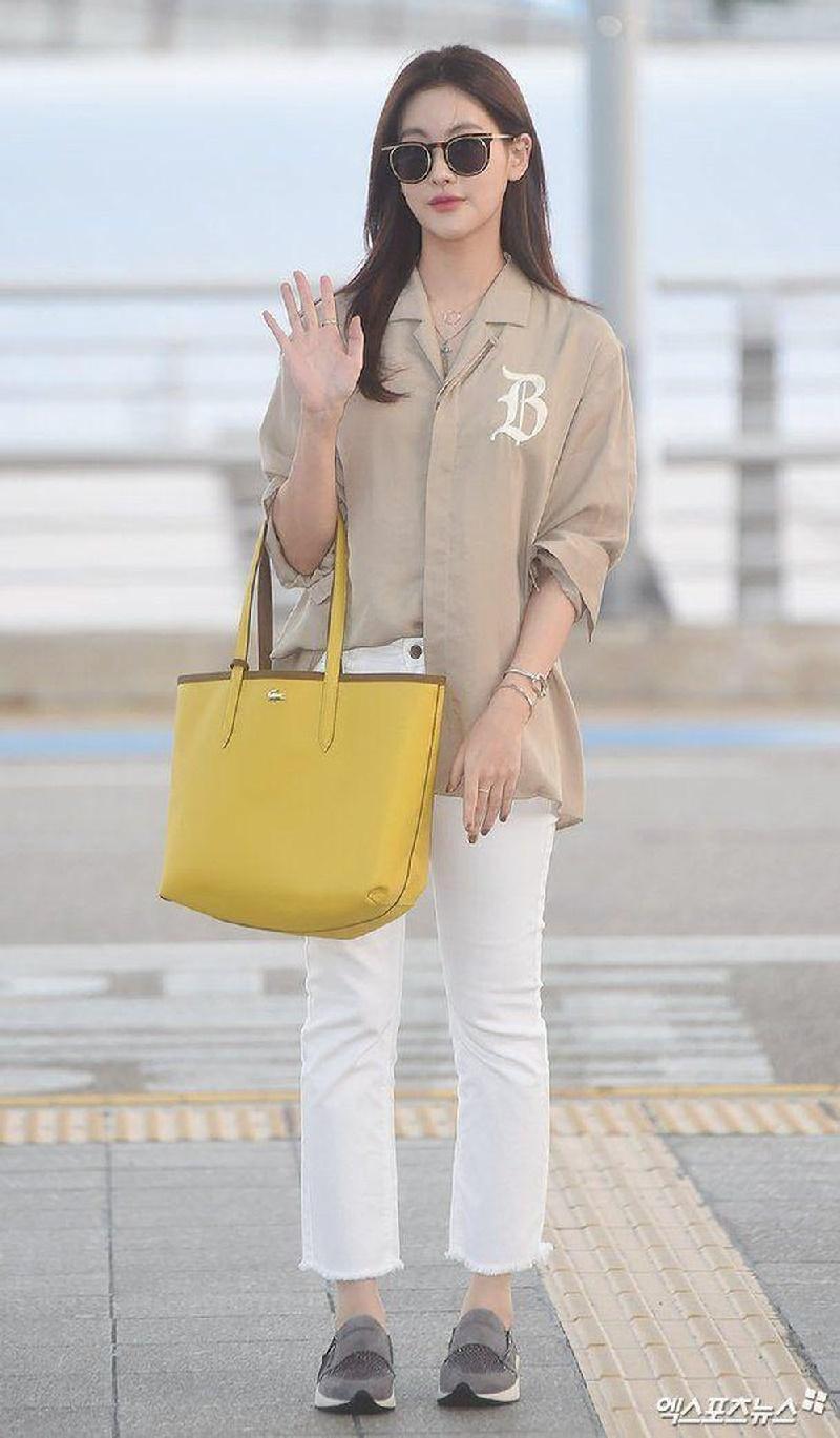 Top 10 mỹ nhân Kpop chứng minh 'lụa đẹp vì người', mặc đơn giản đến đâu cũng thần thái ngút ngàn 28