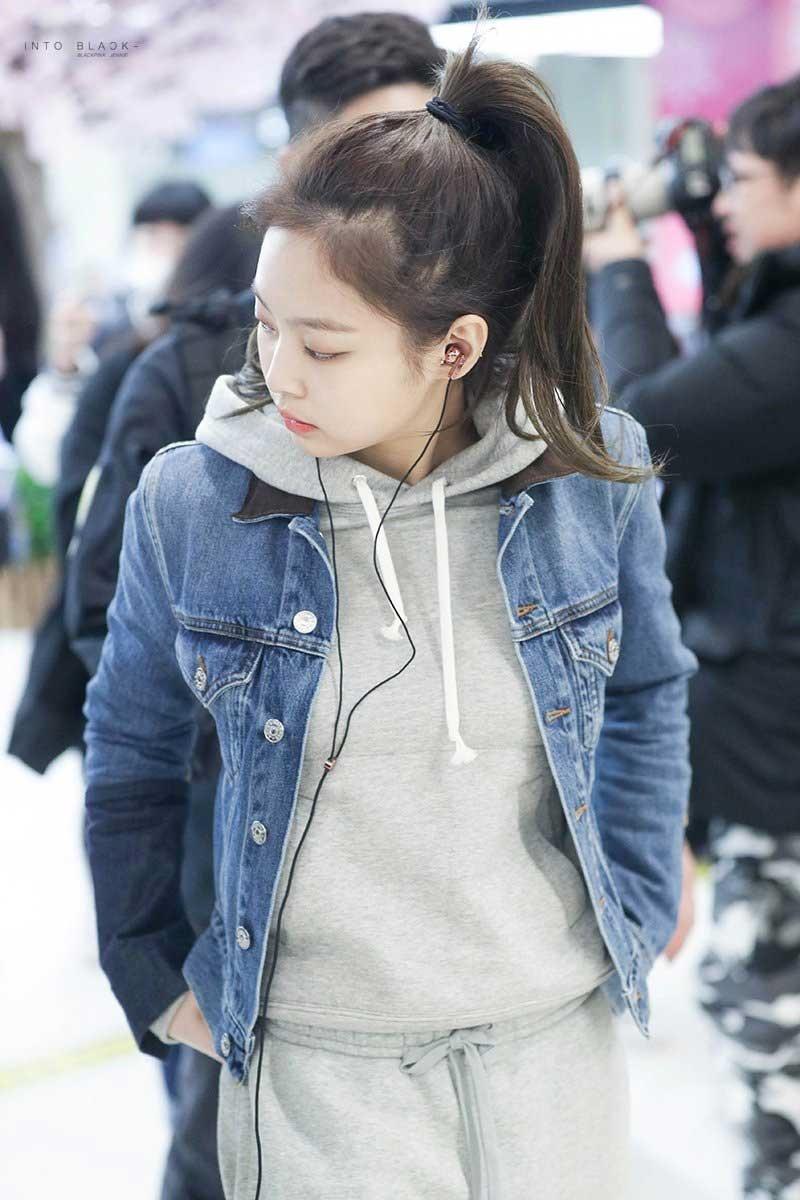 Top 10 mỹ nhân Kpop chứng minh 'lụa đẹp vì người', mặc đơn giản đến đâu cũng thần thái ngút ngàn 37