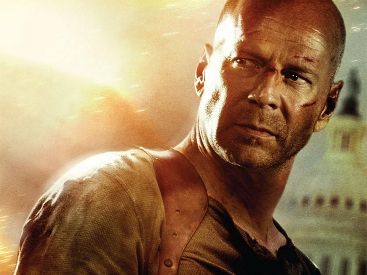 Bruce Willis nổi danh qua loạt Die Hardđình đám.