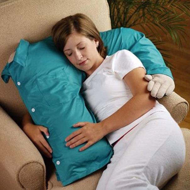 Một chiếc gối ôm đúng nghĩa dành cho những người độc thân