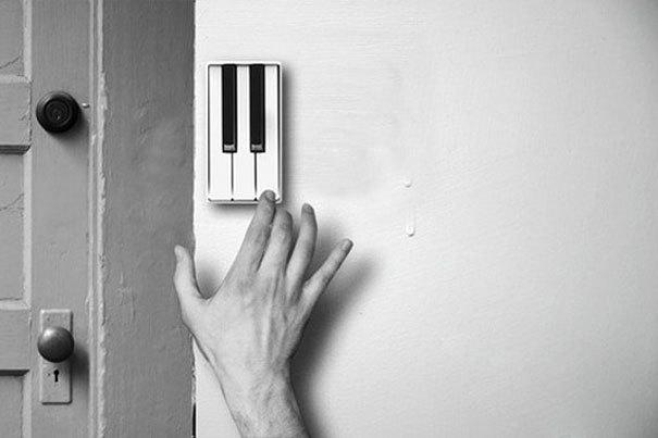 Chiếc chuông hình phím đàn phát ra âm thanh vui tai, bản nhạc hay khi nhà có khách