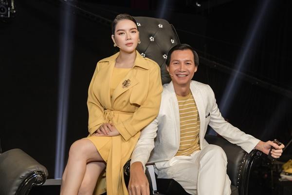 Xứng danh 'sao nữ đại gia' của showbiz Việt, Lý Nhã Kỳ diện 'cây vàng' trong gameshow, nổi bần bật với đồng hồ 'đắt xắt ra miếng' 5