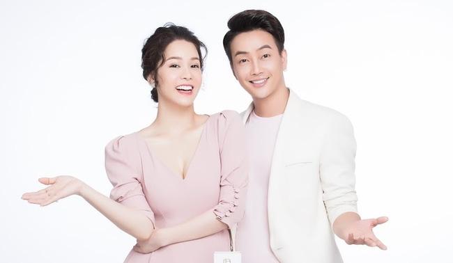 Nhật Kim Anh và TiTi hiện giờ là cộng sự, cùng nhau điều hành một công ty mỹ phẩm.