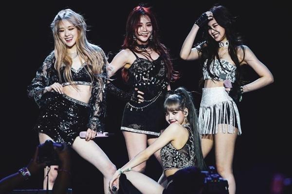 Forbes đưa tin Black Pink, SuperM, NCT 127 và MONSTA X có khả năng tranh giải tại Grammy 2021 1