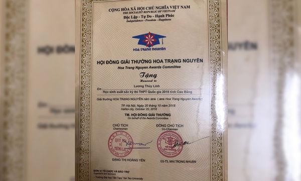 Loạt thành tích học tập khủng của Hoa hậu Lương Thùy Linh.