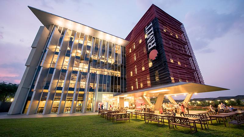 Đại học RMIT được mệnh danh là ngôi trường 'hoàng gia' được rất nhiều bạn trẻ yêu thích