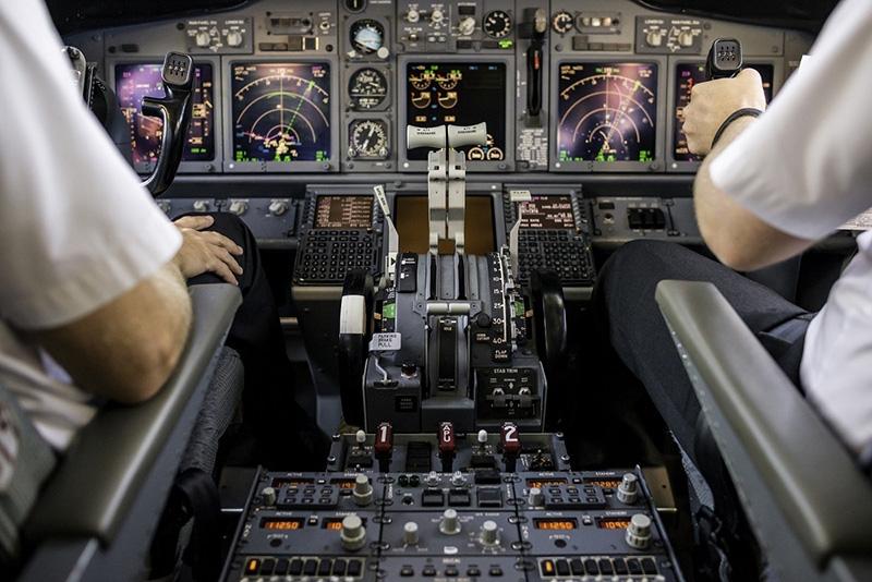 Để đảm bảo chất lượng đào tạo nhà trường sẽcho học viênthực hành với buồng lái mô phỏng và mờigiáo viêntừng giảng dạy cho phi công của Vietnam Airlines đểhướng dẫn