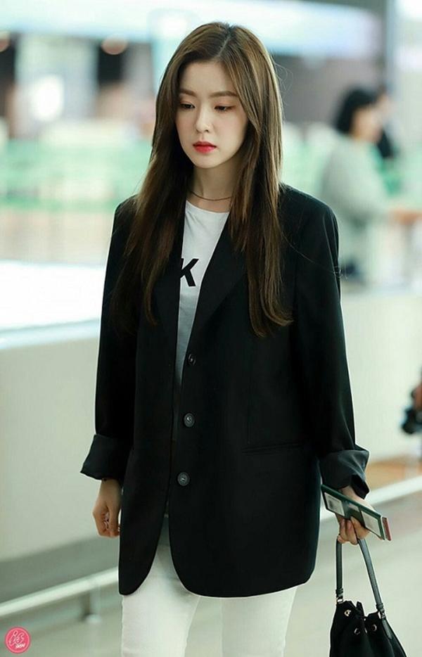 Bí quyết mặc đẹp tuổi 30 từ nữ thần Kpop Irene (Red Velvet) 0