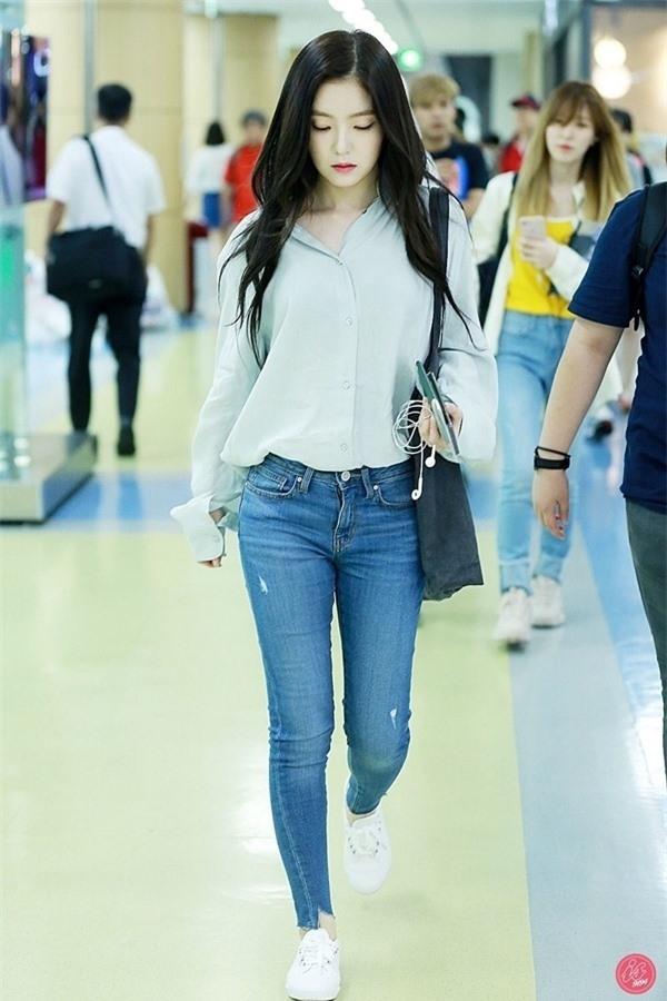 Bí quyết mặc đẹp tuổi 30 từ nữ thần Kpop Irene (Red Velvet) 13