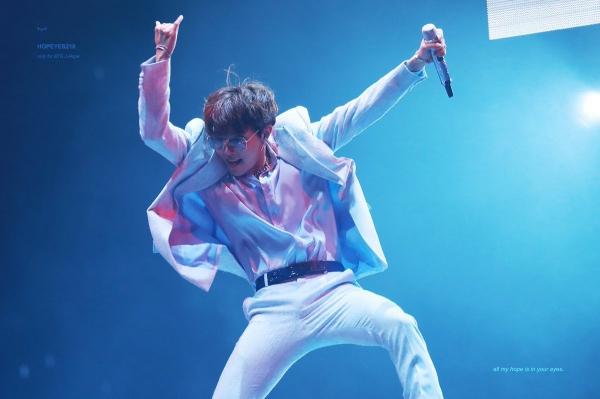 J-Hope là 1 trong những 'thiên tài nhảy' được công nhận của Kbiz.