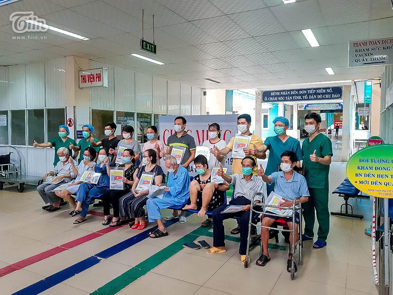 16 bệnh nhân được chữa khỏi Covid-19 ra viện chiều nay