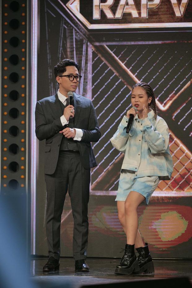 Thời đi học của cô nàng TLinh Rap Việt: Profile học tập xịn xò, chất như bắn rap trên sân khấu 3