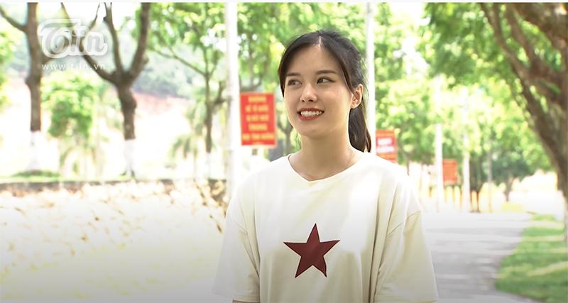 Tham gia 'Xạ thủ đua tài', MC Phương Thúy 'gây thương nhớ' vì nụ cười tỏa nắng, tiếp thêm năng lượng tích cực cho toàn đội 6