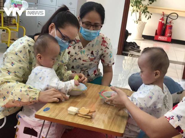 Chị em Song Nhi rủ nhau 'đua xe', bắt đầu những bài học đầu tiên 2