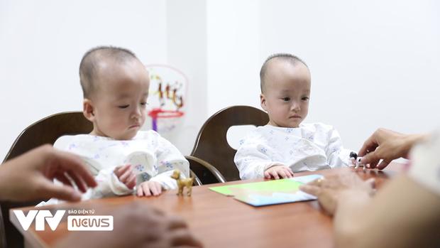 Chị em Song Nhi rủ nhau 'đua xe', bắt đầu những bài học đầu tiên 4