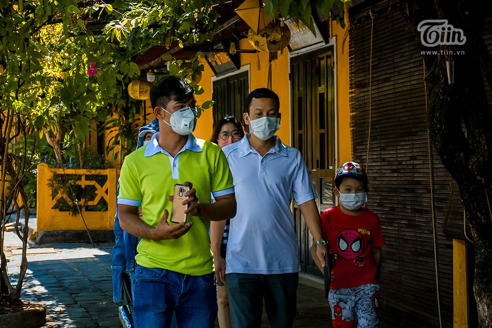 Hội An đông khách trở lại sau khi chốt kiểm soát từ Đà Nẵng 'mở cửa' 6