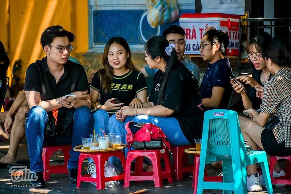 Hội An đông khách trở lại sau khi chốt kiểm soát từ Đà Nẵng 'mở cửa' 11
