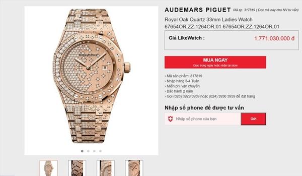Được biết, thiết kế đồng hồ này mang tên Royal Oak Quartz 33MM được dát kim cương lấp lánh kì công. Trong đó, mặt đồng hồ, dây đeo làm từ vàng hồng 18k đính kim cương vô cùng tinh xảo. Và giá của nó cũng là một con số khủng.