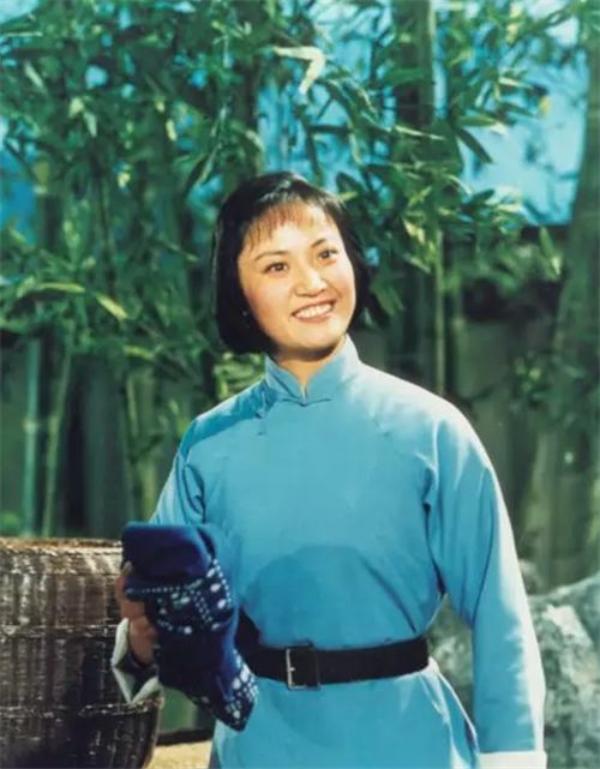 'Bạch Cốt Tinh' nổi tiếng nhất màn ảnh: Lúc trẻ bị lừa đóng 'Tây Du Ký', đến 77 tuổi vẫn không thể nguôi cơn giận 4