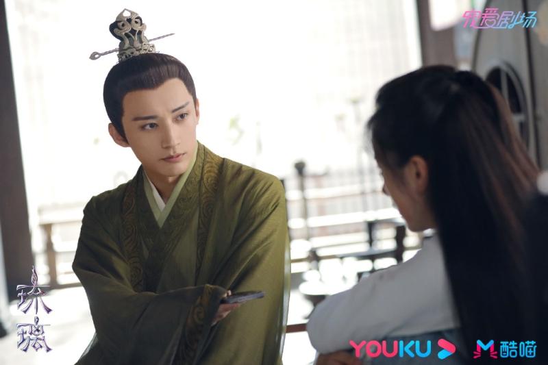 Mỗi lần quay cảnh 'tẩy não' Viên Băng Nghiên là 'Hạo Thần' Lưu Học Nghĩa lại 'đau đầu' 3