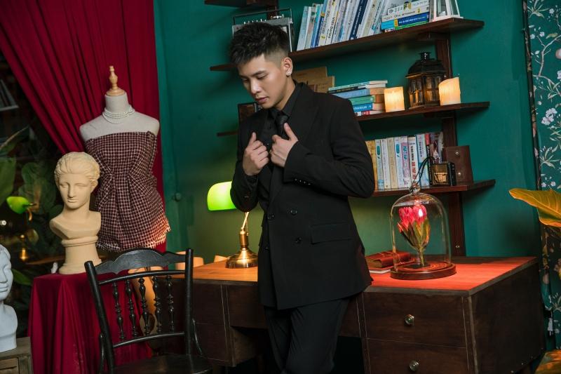 Quân A.P tung MV 'Bông hoa đẹp nhất': Vẫn là ballad 'lụi tim', MV trúng tim đen hội 'mãi là người thay thế' 1