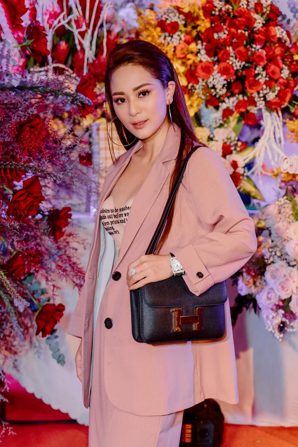 Danh hài Hoài Linh lo lắng vì con gái nuôi Ánh Linh giảm cân quá nhanh 4