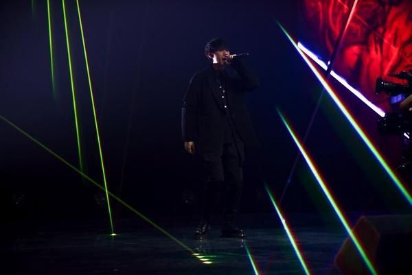 'King of Rap'tập 6: Nhật Hoàng lội ngược dòng quá ngoạn mục, 'hất cẳng' đối thủ 'nặng ký' Droppy đầy thuyết phục 2