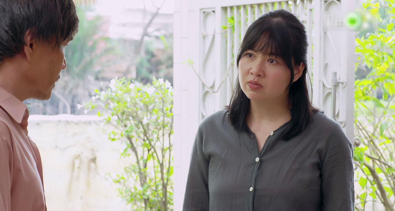 'Gạo nếp gạo tẻ 2' tập 40: Thiên Long 'dòm ngó' vợ bạn, Bảo Trâm hóa diêm dúa khiến chồng bẽ mặt trước mọi người 5