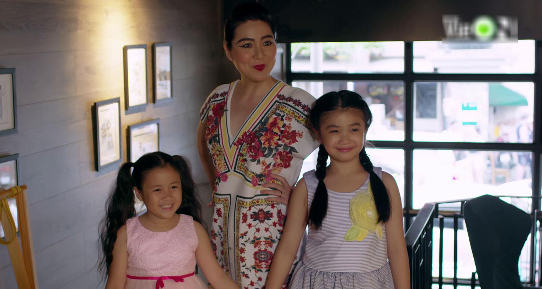 'Gạo nếp gạo tẻ 2' tập 40: Thiên Long 'dòm ngó' vợ bạn, Bảo Trâm hóa diêm dúa khiến chồng bẽ mặt trước mọi người 11