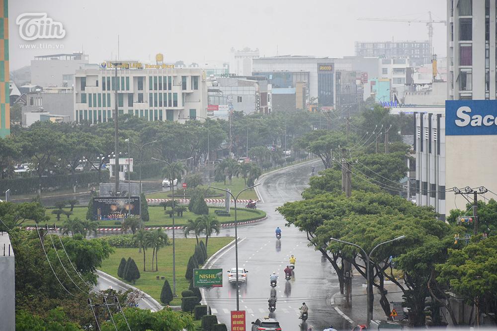 Đà Nẵng ra thông báo khẩn cho phép học sinh, sinh viên toàn thành phố nghỉ học tránh bão 0