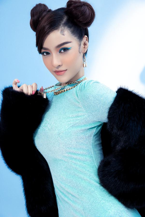 Á hậu Kiều Loan cực chất với hình ảnh nữ rapper 4