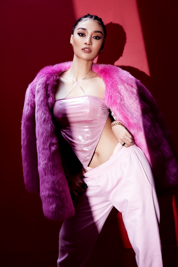 Á hậu Kiều Loan cực chất với hình ảnh nữ rapper 3