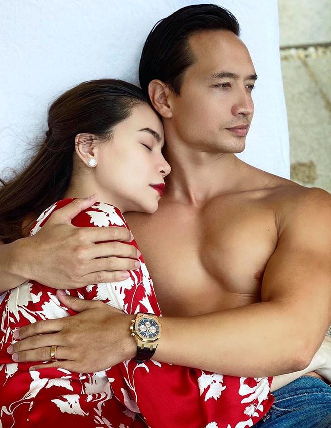 Người hâm mộ đang rất nóng lòng chờ một đám cưới của Hà Hồ và Kim Lý.