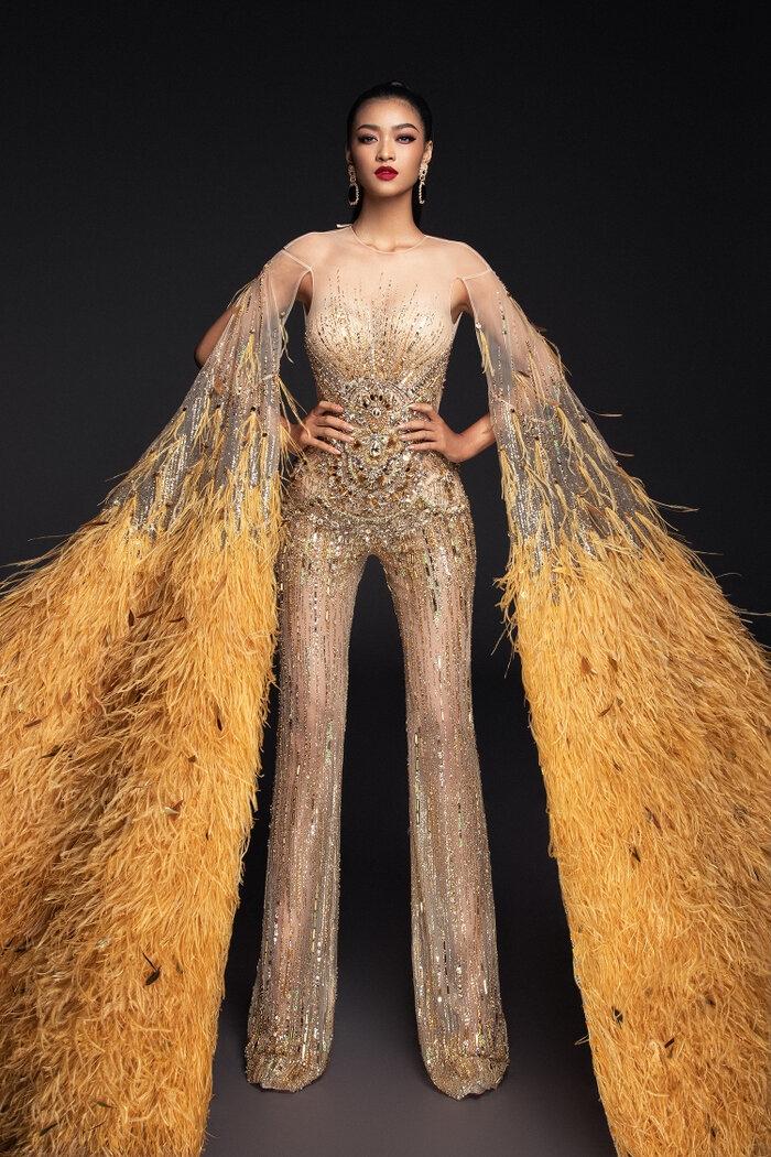 Fan Việt 'la ó' thí sinh Miss Grand Thái đạo nhái thiết kế dạ hội gây tranh cãi của Kiều Loan 8