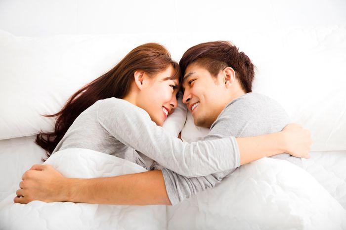 Dù sao cũng là vợ chồng đầu ấp tay gối, đánh sao nổi người mình từng thương?