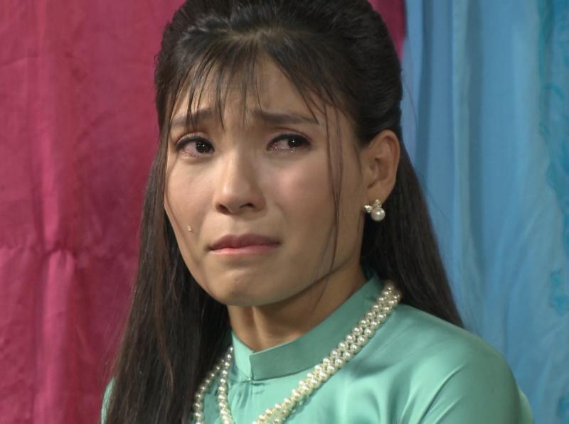 'Dâu bể đường trần' tập 54: Thúy Diễm nước mắt đầm đìa khi hay tin Lương Thế Thành bị bắn 5