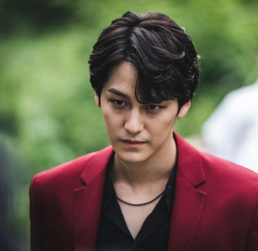 Kim Bum chia sẻ về vai diễn trong Tale of the Nine Tailed: 'Anh ta đáng ghét nhưng bạn sẽ không thể ghét nổi' 1