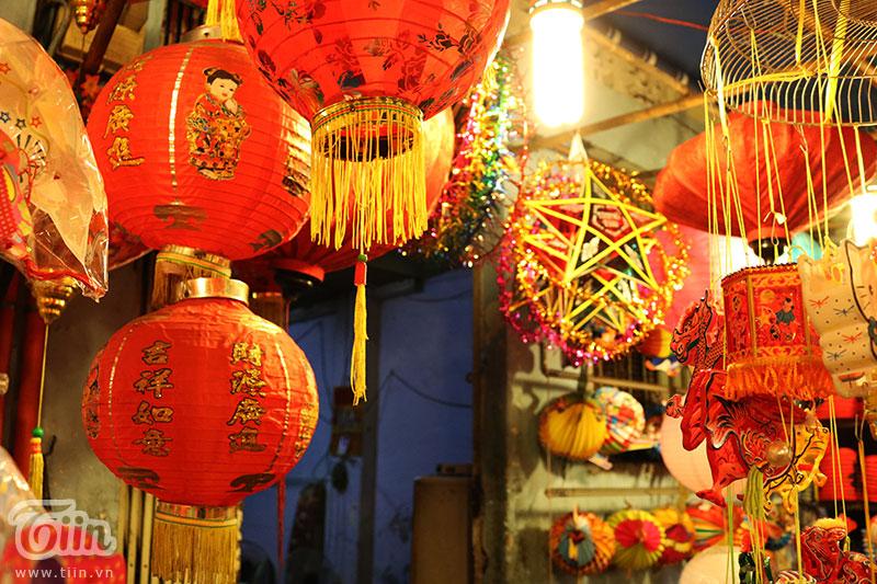 Những sản phẩm mang màu sắc Trung Hoa thu hút nhiều sự chú tâm của khách hàng
