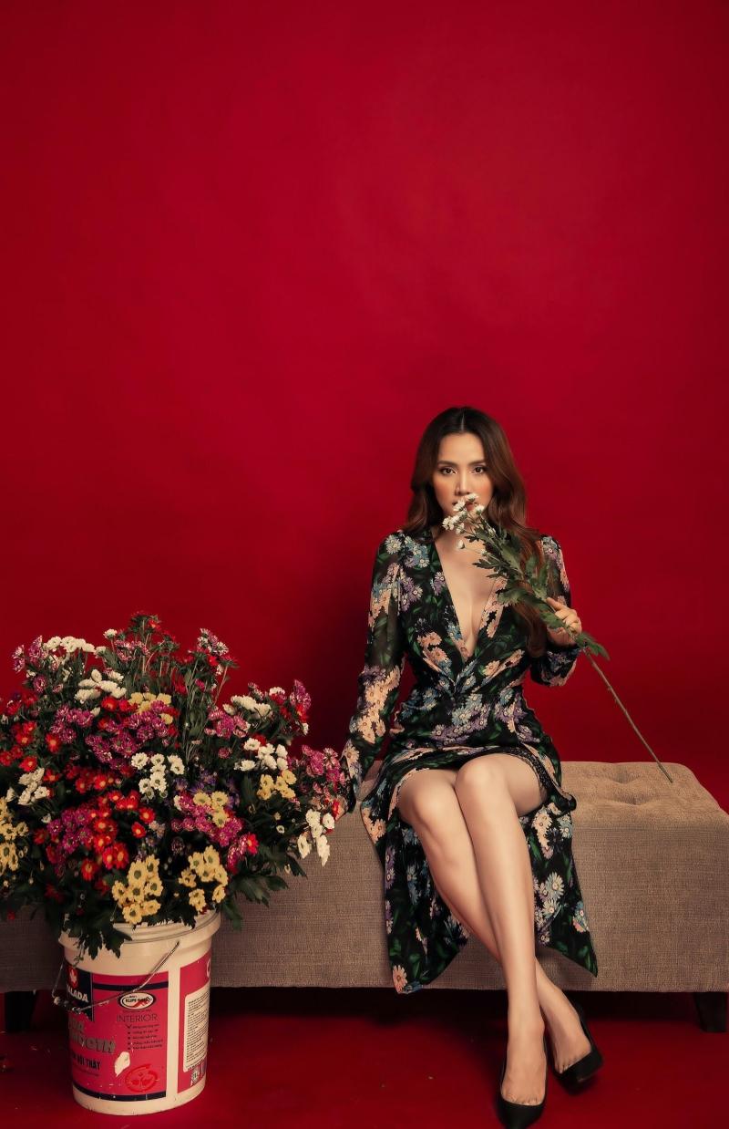 Trang Nhung ra mắt BST tự thiết kế đầu tiên, hé lộ ước mơ ấp ủ từ thời còn làm người mẫu 2