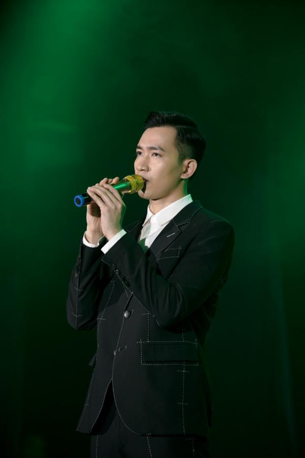 Thu Trang gây bất ngờ khi nắm tay Võ Cảnh trong tập cuối 'Bộ tứ oan gia' 0