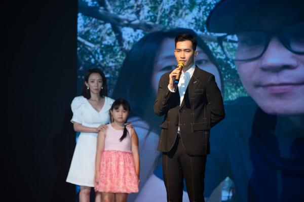 Thu Trang gây bất ngờ khi nắm tay Võ Cảnh trong tập cuối 'Bộ tứ oan gia' 1